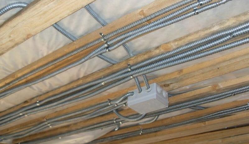 Прокладка кабеля по сгораемым перекрытиям